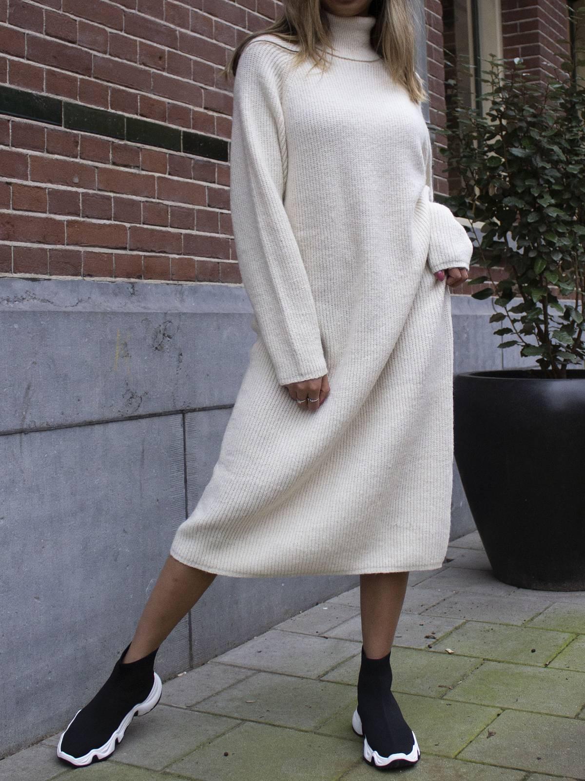 Knitted Dress Beige